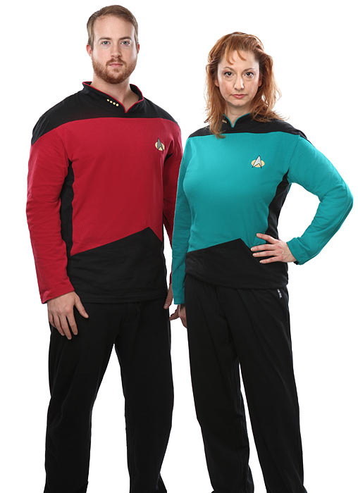 16bf_star_trek_tng_pajama_set